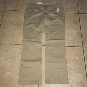 Old Navy Slim Bootcut Khakis Size 10 NWT